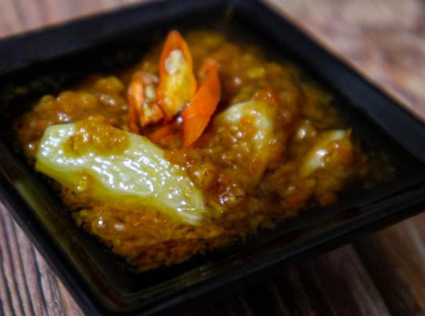 sambal bawang ayam canton surabaya